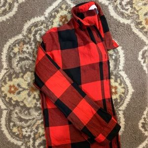 Old Navy red plaid boyfriend shirt